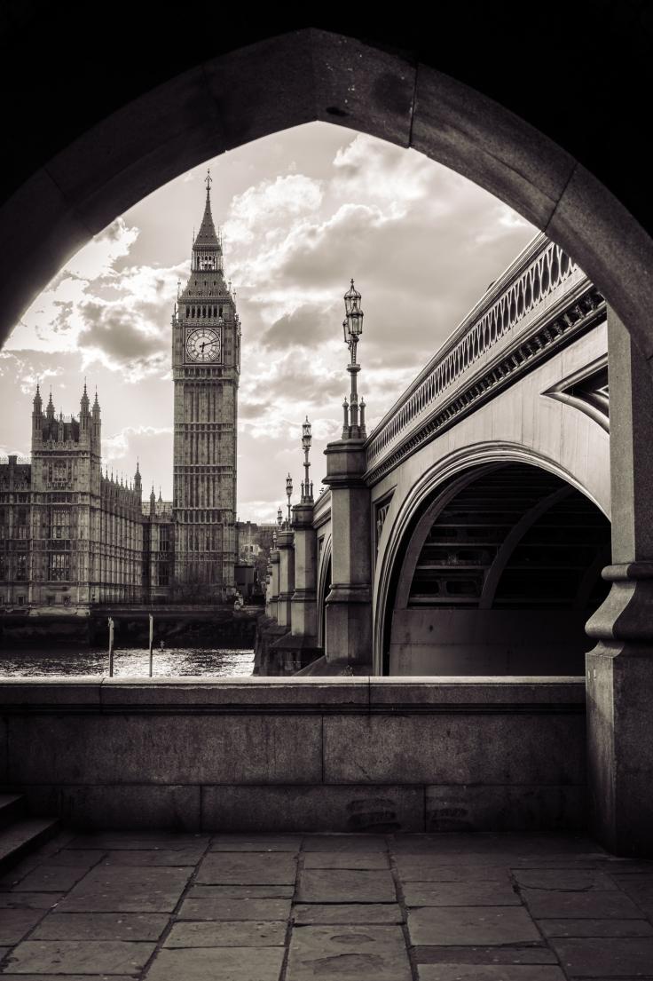 London_Sabrina-3.jpg